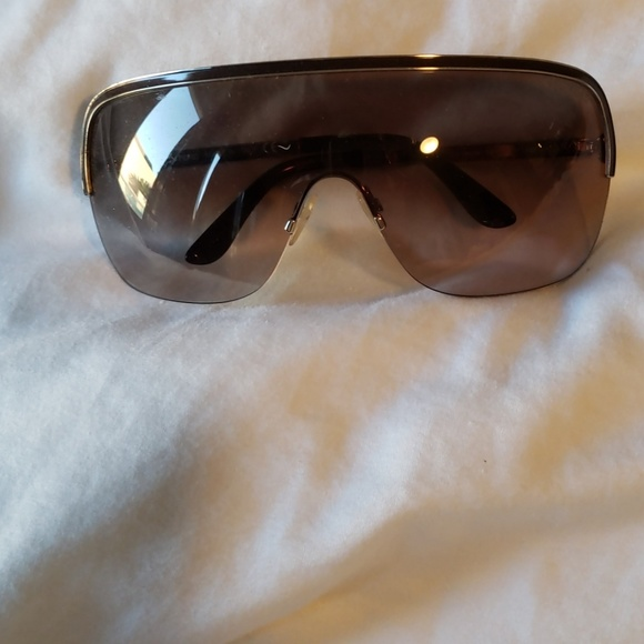 6abba59a167 Womens Tom Ford sunglasses. M 5bfc7e458ad2f99925c75d57. Other Accessories  ...